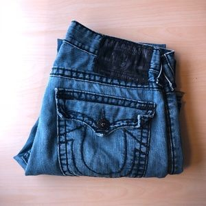 USED True Religion Super Billy T Jeans (Shredded)